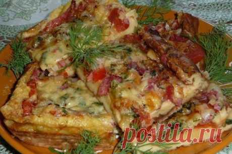 Пицца-омлет с пепперони  Ингредиенты: Яйца 5 шт. Пепперони 3-4 ломтика. Показать полностью…
