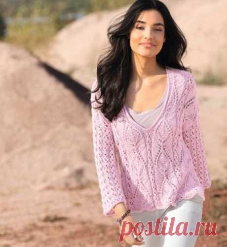 Розовый пуловер с красивым сочетанием узоров и V-образным вырезом спицами!