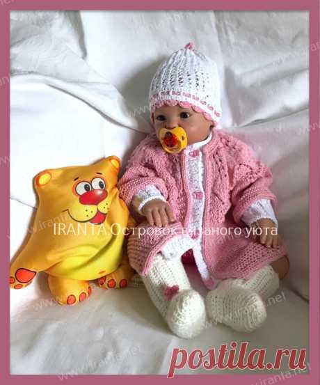 Летний костюм для малышки: кардиган и шапочка-бини.