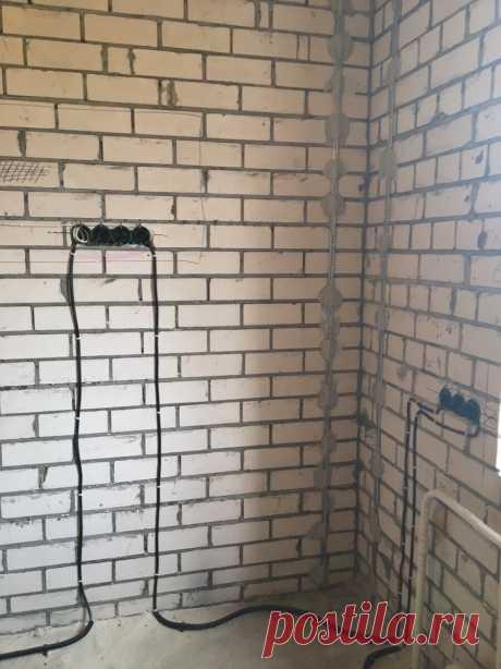 Девушка спроектировала и воплотила в жизнь кухню своей мечты на 6 кв метрах. Фото До/После.