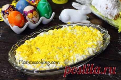 Соус з оселедцем до варених яєць Соус з оселедцем, маринованими грибами та цибулею до варених яєць і не тільки, по мотивах рецепту Дарії Цвєк.