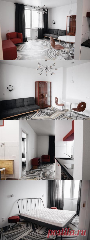 Интерьер небольшой квартиры в Минске с виниловой плиткой Forbo