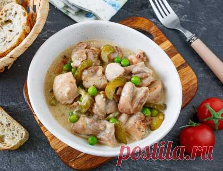 Рагу из курицы в сметане с маринованными огурцами на Вкусном Блоге