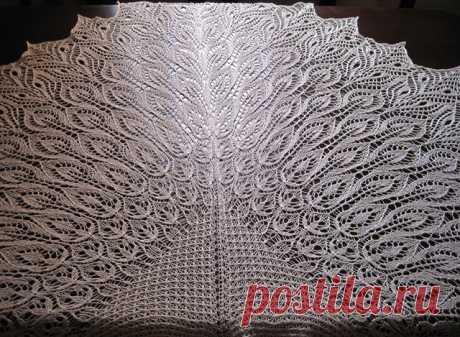 Чудесная шаль «Цветения в зимнем саду» спицами – схемы и описание — Пошивчик одежды