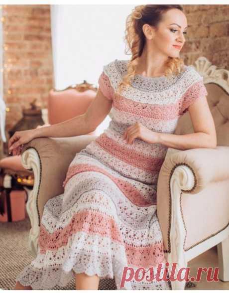 Шикарное платье простым узором