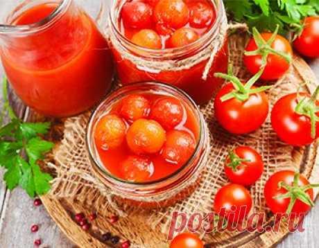 Los tomates dulces para el invierno: las recetas de los tomates marinados y en conserva, los modos con la esterilización y sin