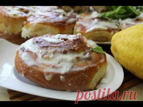Rolls with cottage cheese and halvah