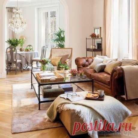 Тёплая классика: приятный интерьер квартиры в Мадриде Может показаться, что этой квартире в Мадриде уже много лет — классические интерьеры, винтажная мебель и атмосфера дома с историей. Однако квартире всего три года и весь интерьер был создан с нуля.Дл...