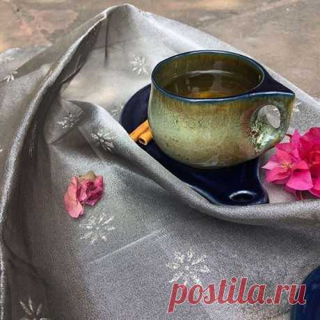 """A cup of tea and a prayer or two, all I need to let happiness brew."" #loveinacup #joyinacup #handmadepottery #madewithlove #potterybyaj #cupandsaucer #handmadeteacup #bluecup #bougainvillea #tealove #kolkata #buyhandmade #bunosilo"