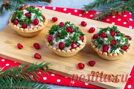 Топ-8 вкуснейших салатов для будней и праздника - Статьи на Повар.ру