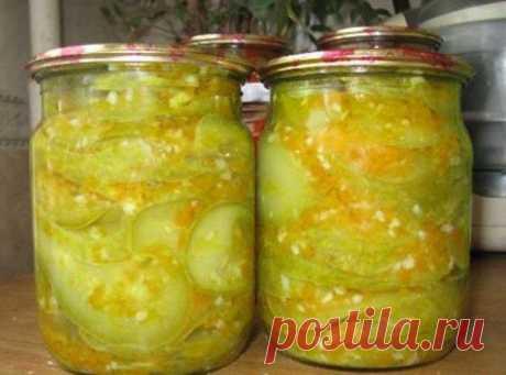Кабачки консервированные в остром соусе.