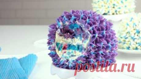 Гениальный трюк поможет сделать поразительно красивые пирожные!