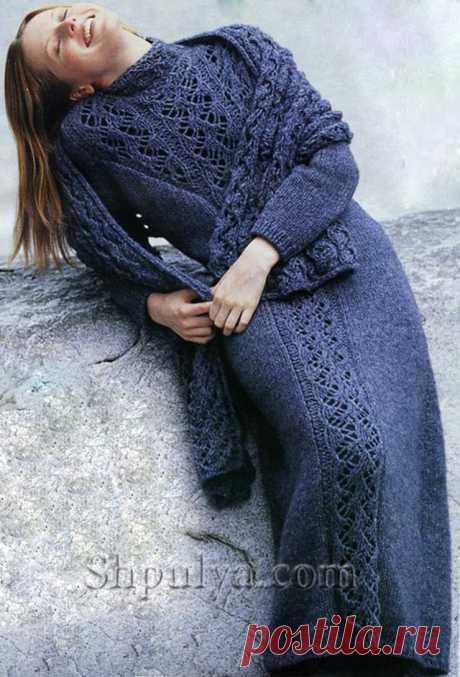 www.SHPULYA.com - Длинное синее платье с ажурной вставкой, вязаное спицами
