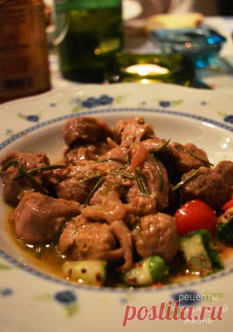 Как итальянцы готовят мясо? Нежнейшая телятина «по-охотничьи» за 30 минут   Рецепты итальянской жизни   Яндекс Дзен