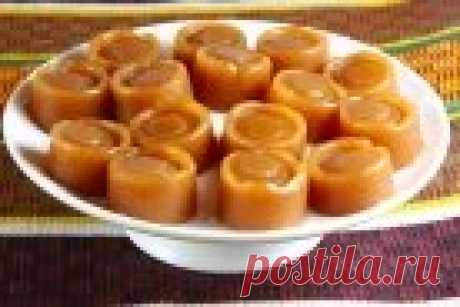 """Los bombones de casa de \""""Korovka\"""" - poshagovyy la receta de la foto en Повар.ру"""