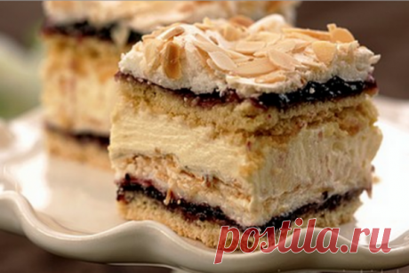 Торт «Пани Валевска» Польский торт нужно попробовать хоть раз в жизни! Этот роскошный десерт придется по вкусу даже искушенному сладкоежке! Недавно у меня появилось желание научиться готовить какой-нибудь необычный торт, и после раздумий выбор пал именно на«Пани Валевску»— обожаемый поляками торт с безе и орешками. Образ пани Валевской — один из самых почитаемых в Польше! Женщина, которая родила …