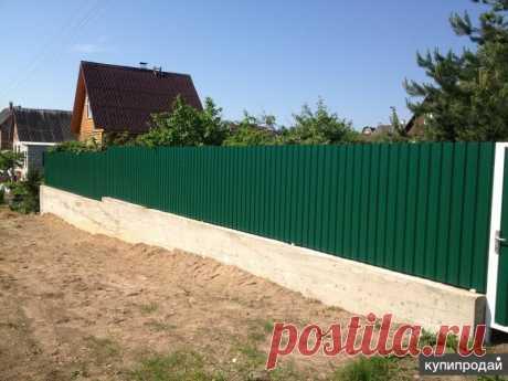 Забор из профнастила Ограждение из профнастила: очень прочная и долговечная защита.