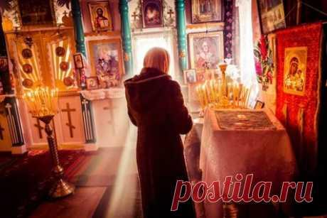 Молитва об усопших родителях для утешения их душ: читают 6 марта (в Родительскую субботу), перед домашними иконами