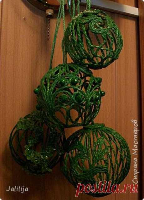 Ёлочные шары из джутового шпагата