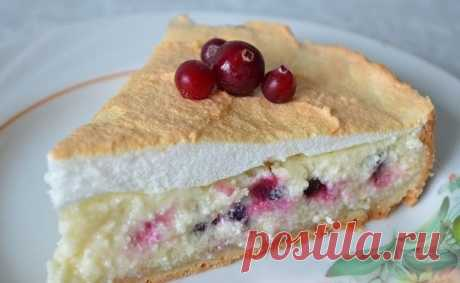 10 RECIPES OF HOUSE PASTRIES FROM COTTAGE CHEESE\u000a\u000a1. Cottage cheese cowberry pie\u000a\u000aDough: 80 gr oils of rooms of distempers, 1 egg, 0,5 h l gash soda, 1 tablespoon of sugar, 1 St of flour.\u000aTo knead, clean in cold for 30 min.\u000a\u000aCottage cheese stuffing: cottage cheese of 9% 500 gr, 0,5 St of sugar, 2 eggs, 1 tablespoon of a semolina, 100 gr sour creams, vanillin 1\/3 of the h l.\u000aTo mix carefully.\u000a\u000aSouffle: To beat 3 egg whites from 3 tablespoons of sugar and spills of salt.\u000aTo lay out dough in a form d ~ 23 cm, to make a side, to powder with a semolina, to lay out berries, to sugar, you...