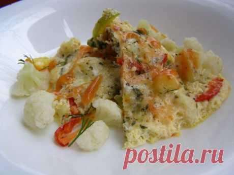 Легкий и нежный омлет из цветной капусты и овощей