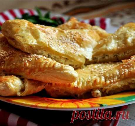 Puffs with cottage cheese and cheese