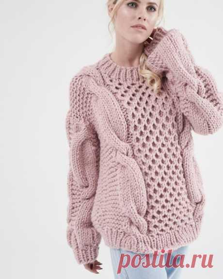 Модный вязаный свитер косами! Теплый и мягкий!  Присылайте заказы в ЛС группы или на емейл: knitbyheart@mail.ru  Фото для примера.  #knitting #пятница #вязание #moskow #осень  #knitwear #крым #вязаныйсвитер #зимаблизко #москва