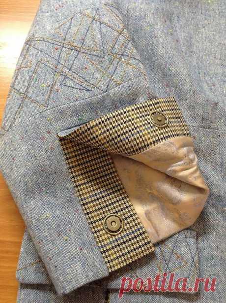 """Добрый вечер, девушки! Представляю вашему вниманию жакет из голубого твида из старенького журнала """" Мода для полных» 2009 года. Планируется носить весной как легкий жакет с разными блузками…"""