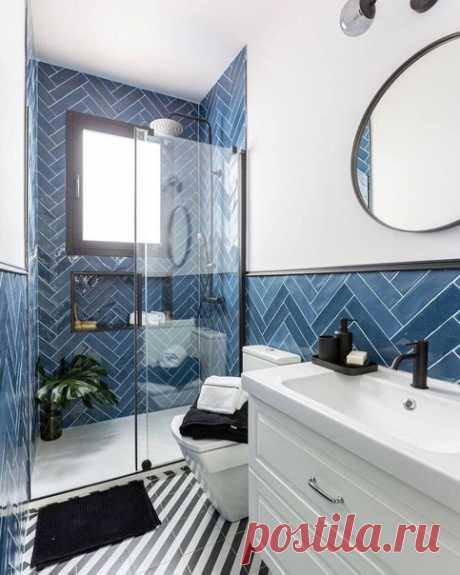 Стильная и необычная ванная комната. Отличный выбор плитки.