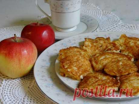 Изумительно вкусные яблочные оладьи за пять минут