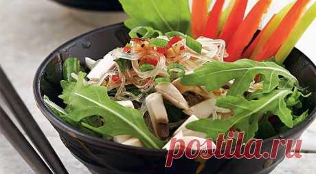 Салат из прозрачной вермишели с овощами, пошаговый рецепт с фото
