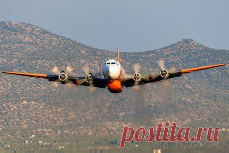 Фото Douglas DC-7 (N838D) - FlightAware