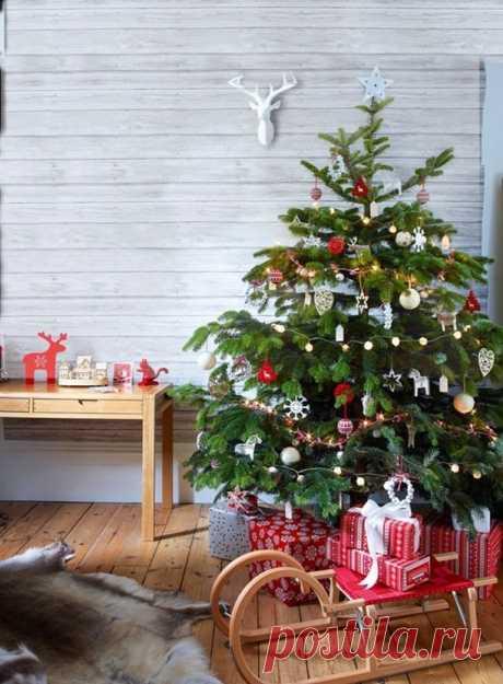 Как оригинально украсить елку? | Интерьер | Женский журнал Домашний Очаг