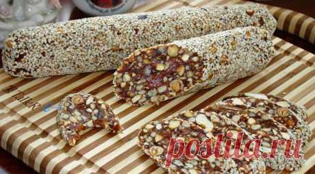 Полезная, сладкая, а главное простая в исполнении колбаска из сухофруктов — очень вкусный десерт | Хитрости жизни