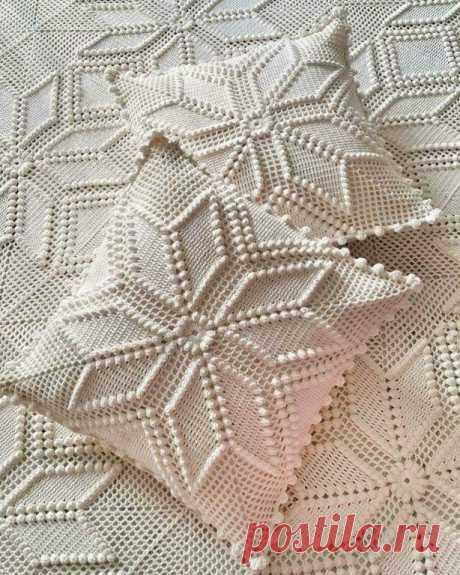 Подушки и покрывала из роскошных квадратных мотивов
