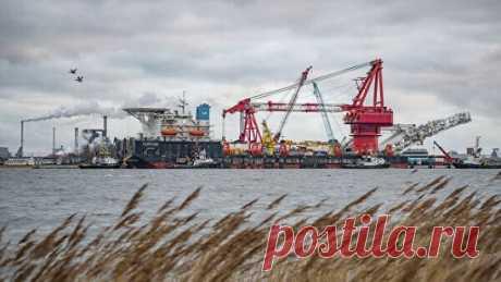 """""""Газпром"""" прокомментировал ситуацию вокруг """"Северного потока — 2"""" Заострять внимание на сроках завершения строительства """"Северного потока 2"""" не стоит, точных дат нет, важен запуск проекта, заявил зампред правления """"Газпрома"""" Фамил Садыгов. Сайт NewsLikiros"""