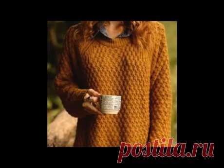 Тёплый свитер спицами с необычным узором.
