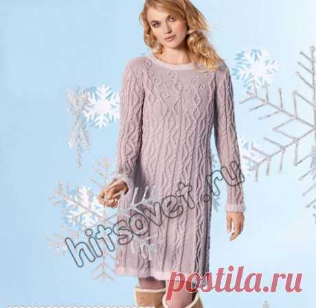 Вязаное платье на новый год - Хитсовет Вязаное платье на новый год. Красивое зимнее платье выше колен с узорами из кос с бесплатным описанием вязания, чем то напоминает образ снегурочки. Вам потребуется: пряжа 1 (100% овечьей шерсти; длиной нити 150 метров в 50 граммах - 600 (650, 700, 750) грамм темно-розового цвета; пряжа 2 (96% овечьей шерсти, 4% полиэстера; длиной нити 132 метра в 25 граммах - 125 (150, 175, 200) грамм светло-розового цвета; пряжа 3 (100% овечьей шерст...