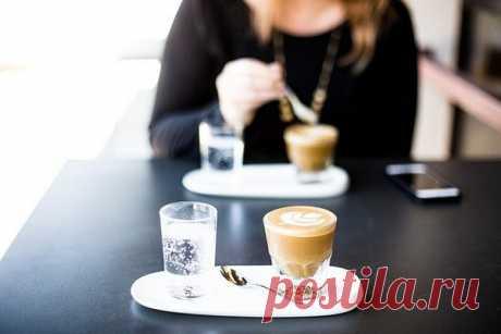 Не следует злоупотреблять кофе с молоком, это не безобидный напиток