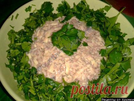 Рыбный салат из консервированной сайры