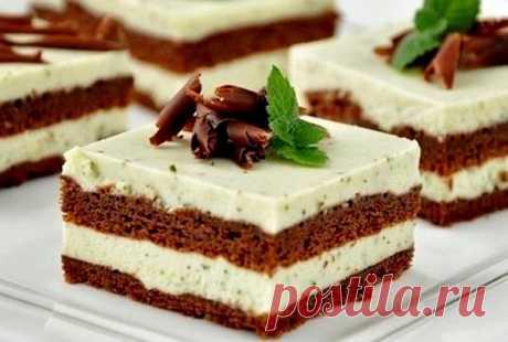 Шоколадный торт с мятно-сливочным кремом
