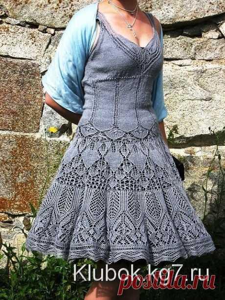 Разлетелись крылья лебедя - сарафан - платье спицами | Клубок