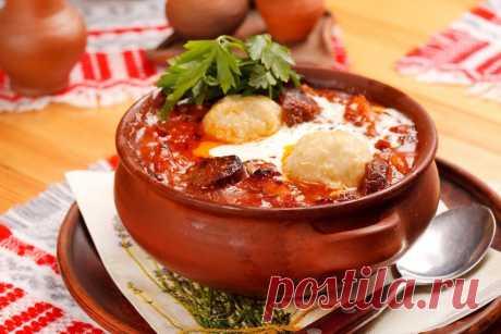 ТОП-10 Las recetas estupendas de los platos en gorshochkah.