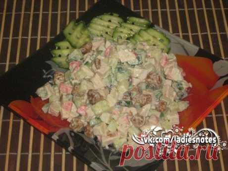 Салат из крабового мяса с огурцом и сухариками   Женский журнал