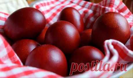 КОГДА красить яйца на Пасху в 2019 году (в какой день): какими цветами, как и чем красить, зачем красят, история традиции