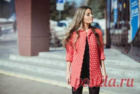 Пальто спицами для женщин и девушек: модели, узоры, схемы, описание, фото. Как связать спицами красивое, модное женское пальто реглан, с капюшоном, оверсайз, ажурное, короткое, длинное своими руками?