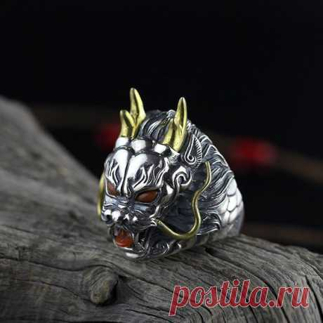 925 Silver Men's Domineering Dragon Ring / South Red Inlay Ring / Faucet Ring / Men's Jewelry / Party Gift / Cyber Monday Product Details:  Material: 925 silver, south red agate  color: red  Shape: Animal  Size: Ring length: 2.8cm  Weight: 23.5 grams  Translucent: translucent  Symbol: Good luck to you