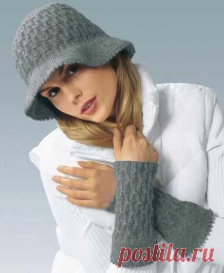Теплые шапочки связанные спицами