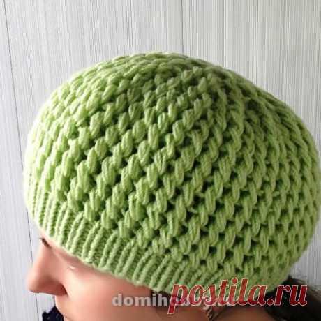 Вязание шапки спицами красивым узором из вытянутых петель. Мастер класс!