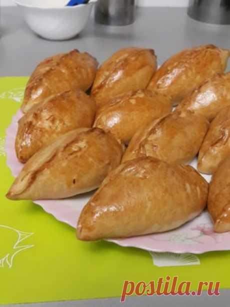 ГНОМУШКА: Пироги на сметане с мясом и картохой